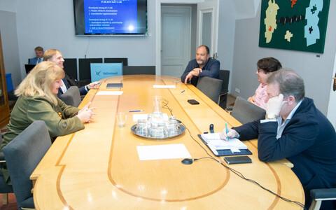 Михаил Стальнухин (в верхнем правом углу) стал председателем комиссии.