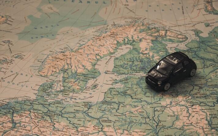 В Финляндии через год в силу вступит новый закон о дорожном движении.