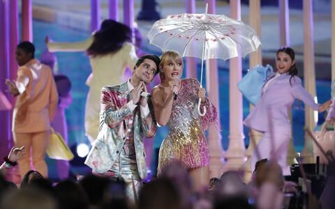 Taylor Swift Las Vegase kontserdil
