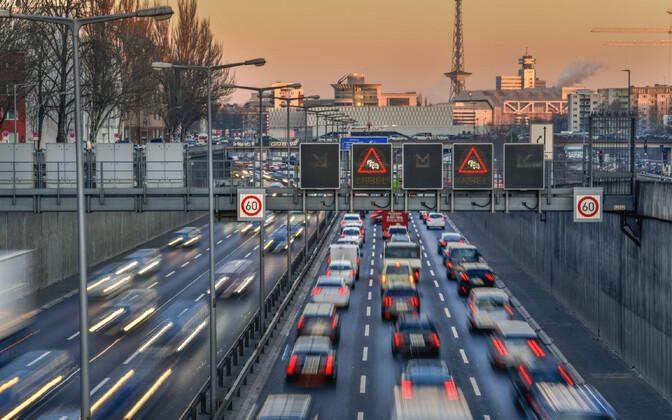 Autobahn Berliini lähistel.