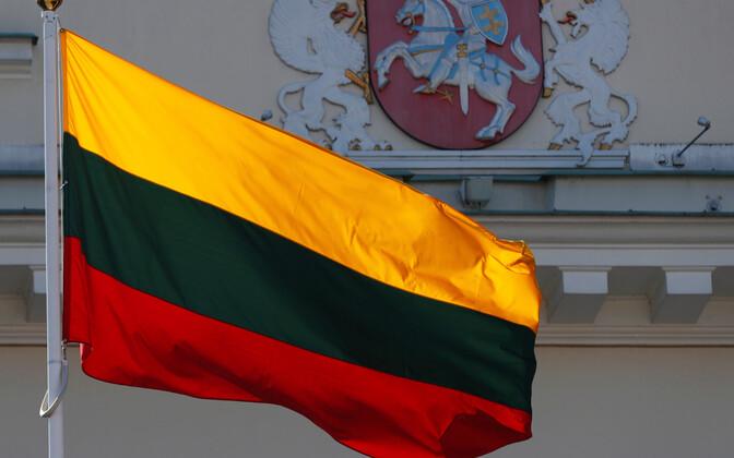Leedu lipp.