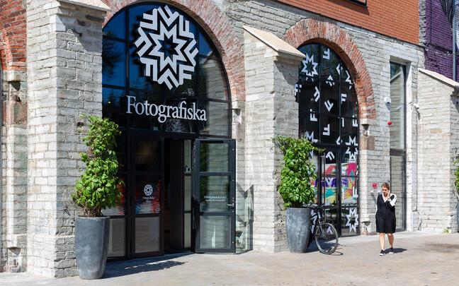 В Таллинне открыли центр фотоискусства Fotografiska.