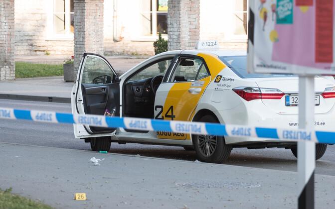 Tulistamisele järgnenud politseioperatsioon Telliskivi tänaval Tallinnas.