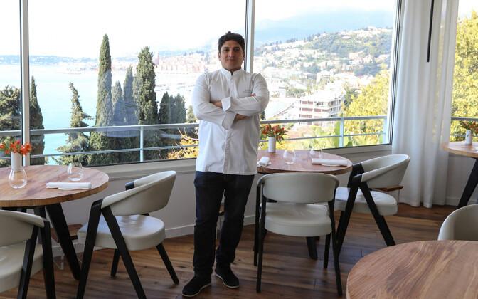 Шеф-повар ресторанаMirazur — итальянец аргентинского происхождения Мауро Колагреко.