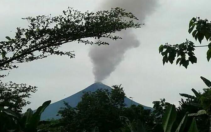 Paapua Uus-Guinea vulkaan Ulawun.