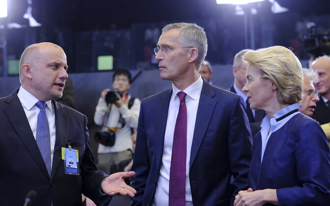 Defense minister Jüri Luik, NATO secretary general Jens Stoltenberg, and German defense minister Ursula von der Leyen in Brussels, June 2019.