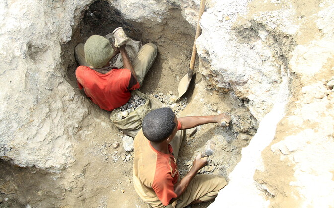 Kaevurid Kongo DV-s Katanga provintsis kaevanduses. Illustreeriv foto.