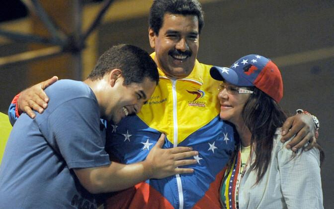 Venezuela juht Nicolas Maduro koos poja ja abikaasaga.