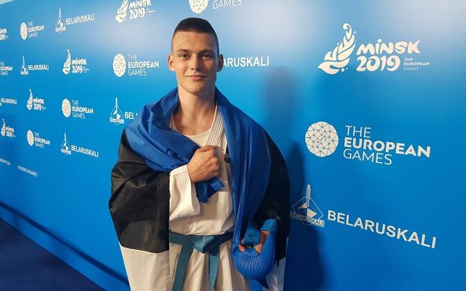 Каратист Павел Артамонов отличился в последний день соревнований.