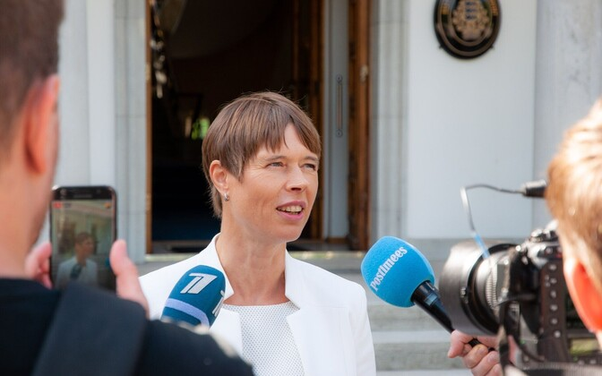 President Kersti Kaljulaid speaking to the press following Monday's National Defence Council meeting.
