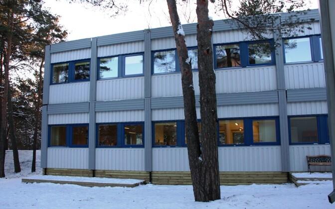 Männimudila lasteaia moodulmaja. See hoone on nüüdseks juba koost võetud.
