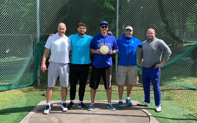 Vasakult Kari Hyökki, Robert Urbanek, Reinar Hallik, Gerd Kanter ja Piotr Malachowski.
