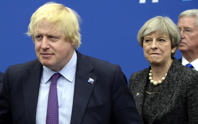 Boris Johnson ja Theresa May 2017. aastal NATO tippkohtumisel.