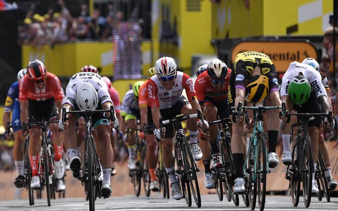Mike Teunissen võitis Tour de France'i avaetapi