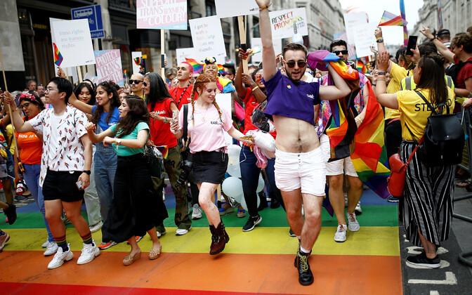 Гей-парад в Лондоне.