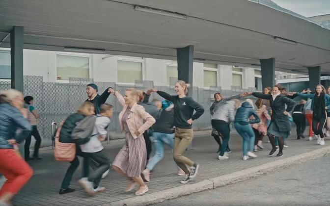 Tants bussijaamas