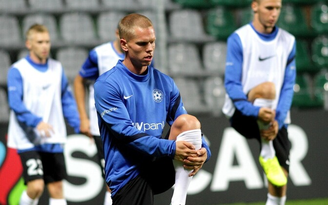 Илья Антонов на тренировке сборной Эстонии.