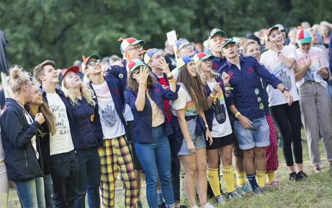 В Эстонии многие подростки получают первый опыт трудовой занятости  в школьных дружинах.