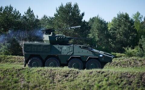 Боевая машина пехоты (БМП) Boxer германского производства.