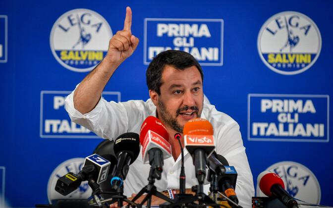 Маттео Сальвини обвиняют в том, что его партию