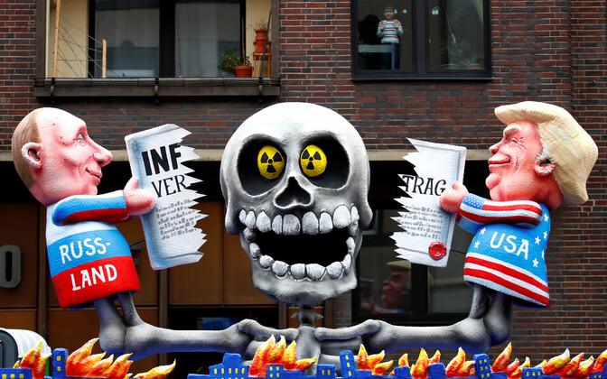 Meeleavaldusel Saksamaal kujutati INF-leppe hävitamist.