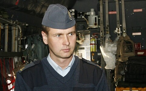 Col. Rauno Sirk is new Estonian Air Force chief.