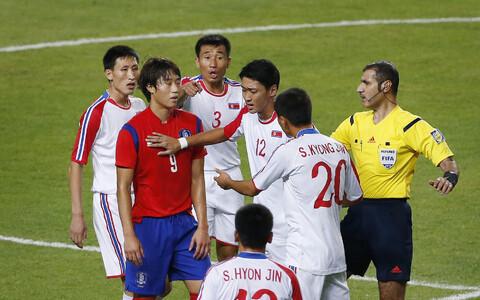 Lõuna- ja Põhja-Korea kohtusid omavahel 2014. aasta Aasia Mängude finaalis. Toona võitis Lõuna-Korea tulise kohtumise 1:0.