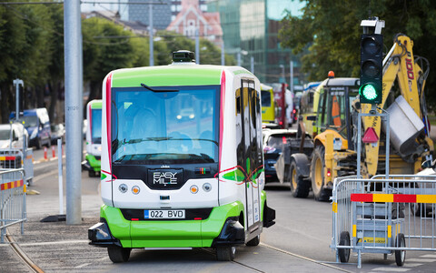 Twin driverless buses were first debuted in Tallinn in summer 2017.