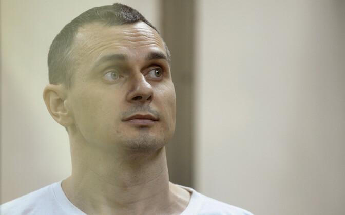 Oleg Sentsov 2015. aastal Vene kohtus.