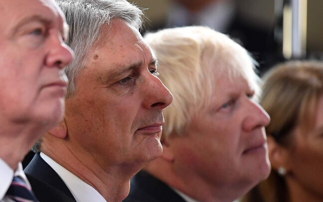 Philip Hammond ja Boris Johnson 2017. aastal.