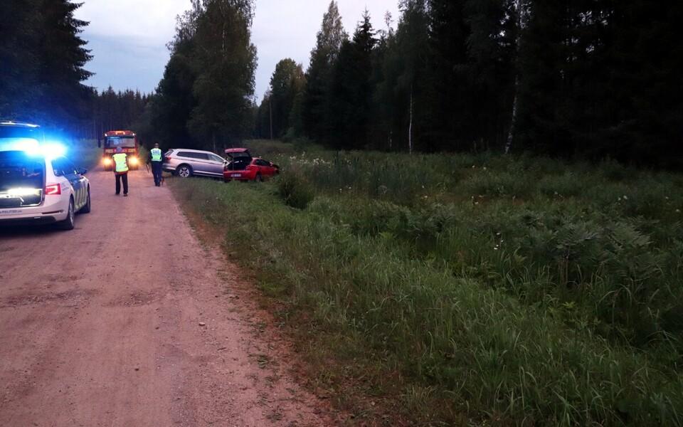 Автомобиль Mazda, на котором воры пытались уйти от полиции.