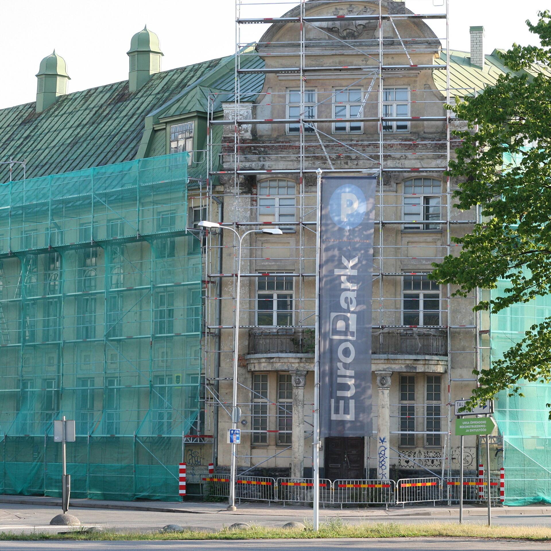 9989986cdda Tallinnas aastaid tühjalt seisnud Meremeeste Kodu hoonest saab hotell |  Eesti | ERR