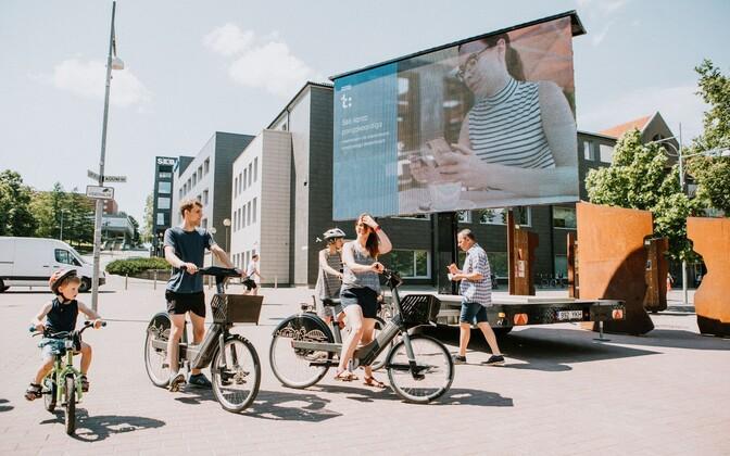 Общегородскую сеть проката электровелосипедов в Тарту запустили в июне 2019 года.