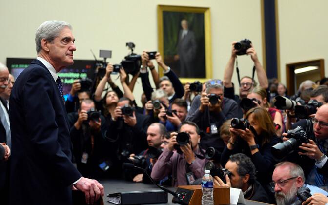 Endine eriprokurör Robert Mueller 24. juulil kongressis kuulamisel.
