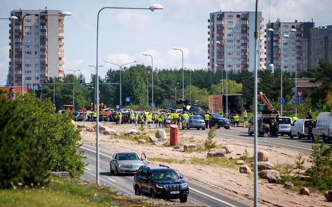 'Tenet' filming on Laagna Road in Lasnamäe. Thursday, July 25, 2019.
