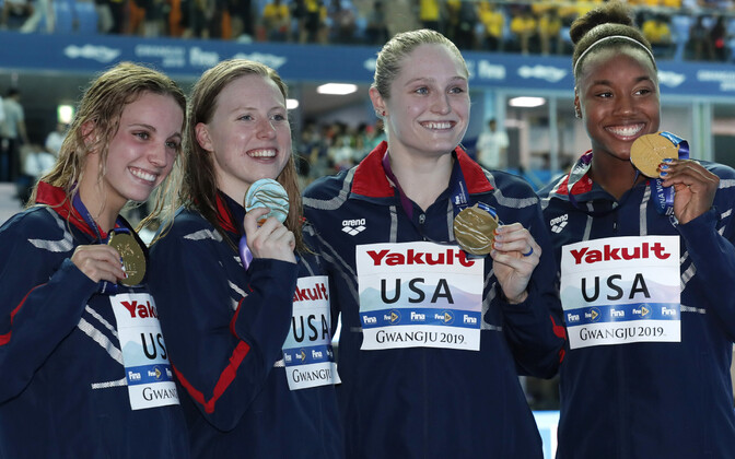 Regan Smith, Lilly King, Kelsi Dahlia, Simone Manuel