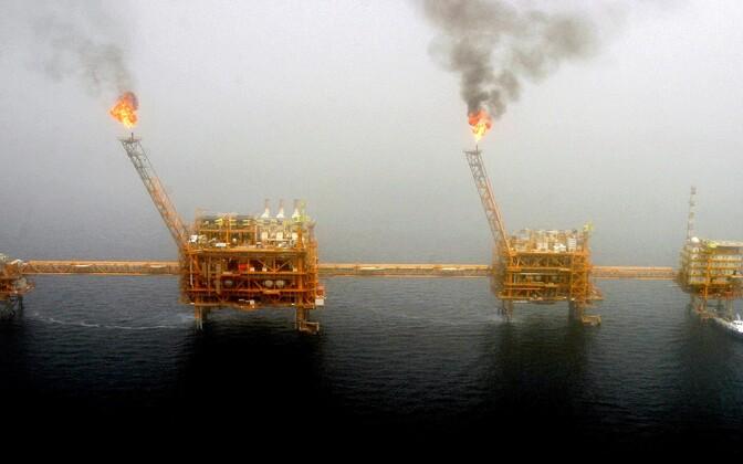 Naftapuurtornid Pärsia lahel.