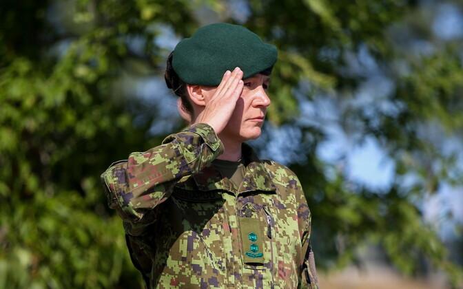 Vahipataljoni uueks ülemaks sai kolonelleitnant Margot Künnapuu.