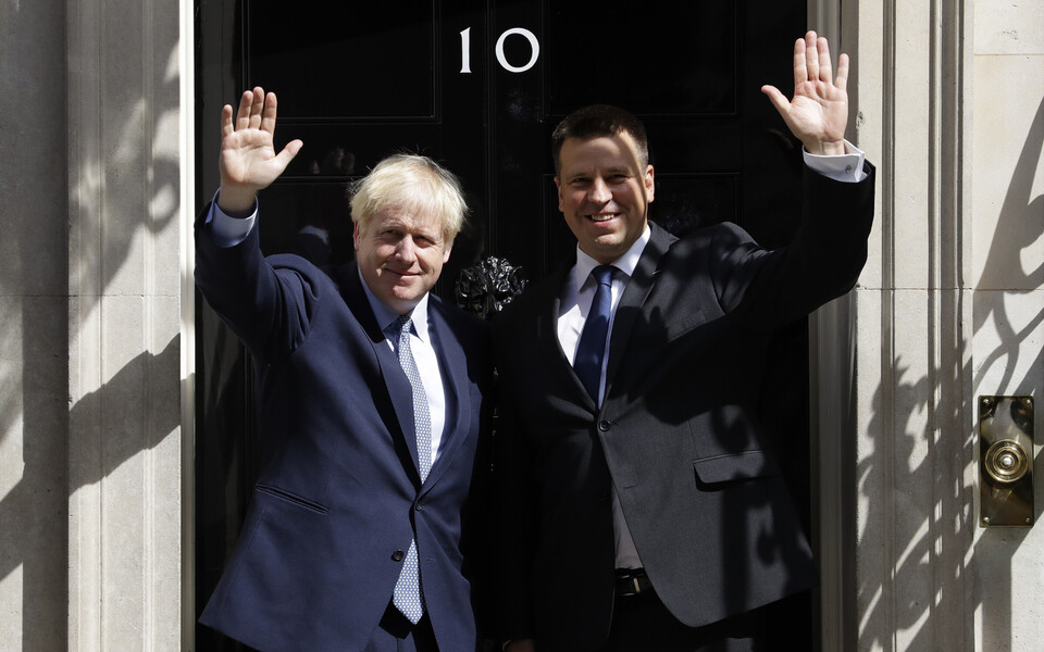 Prime Minister Jüri Ratas (Centre) met with British Prime Minister Boris Johnson in London on Tuesday. Aug. 6, 2019.