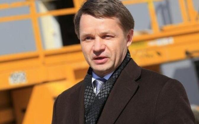 Валво Семиларски готовит встречный иск против прокуратуры.