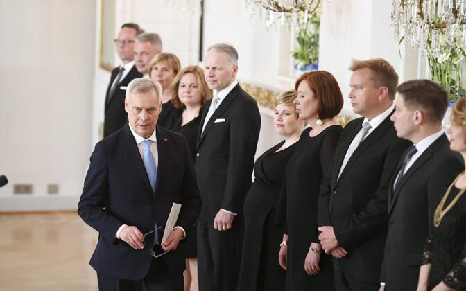Peaminister Antti Rinne ja Soome valitsuse liikmed.