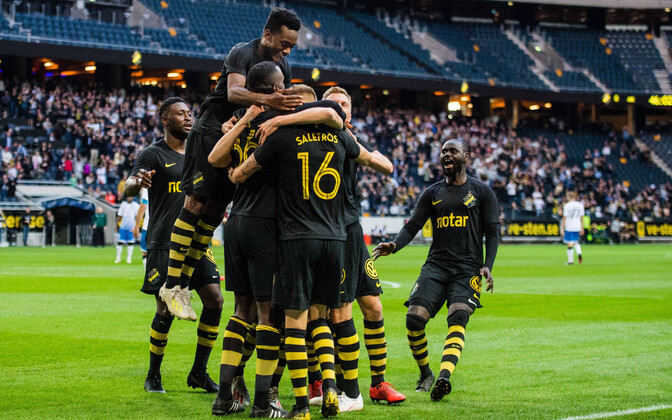 Stockholmi AIK mängijad rõõmustamas.