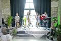 Elina Borni uue singli esitlus