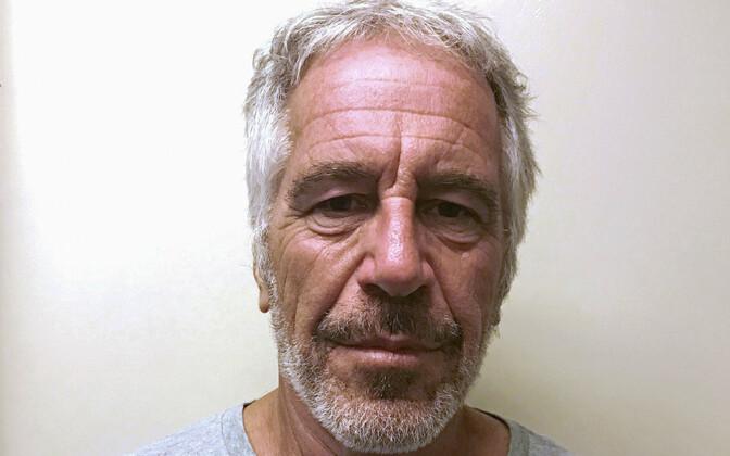 Jeffrey Epstein pärast kinnipidamist.