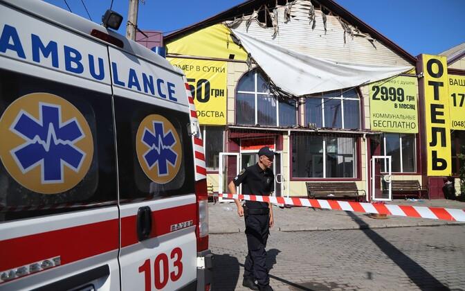 Odessa hotellis Tokyo Star puhkes tulekahju, milles hukkus kaheksa inimest.