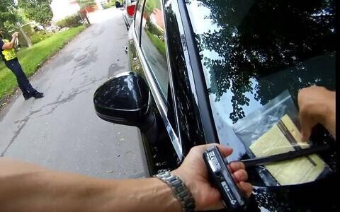 МуПо обещает штрафовать водителей, неправильно припарковавших автомобиль