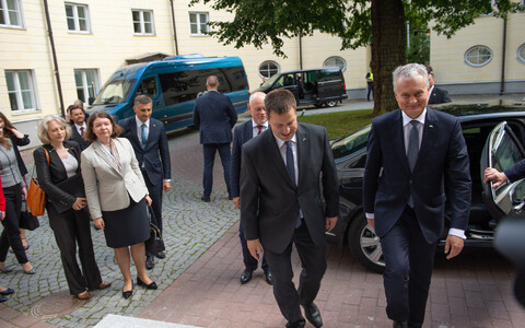 Lithuanian President Gitanas Nausėda arriving at Stenbock House, Aug. 20, 2019.