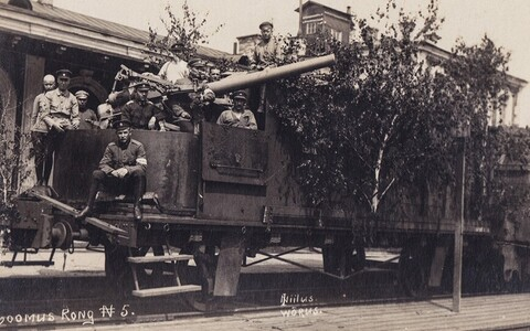 The original Wabadus armored train during the war of independence.