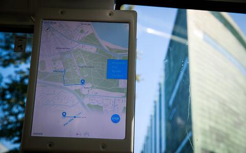 Üks näide tehisintellektist Tallinna linnapildis on praegu Kadriorus ringi tiirutav isesõitev buss