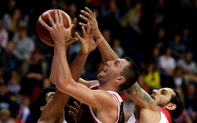 Venemaa korvpallikoondise resultatiivseim oli Vitali Fridzon